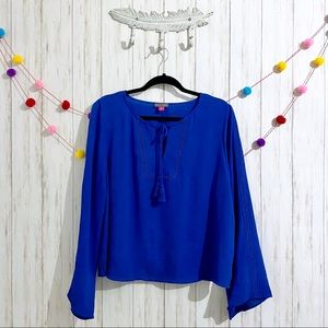 Vince Camuto long bell sleeve blouse